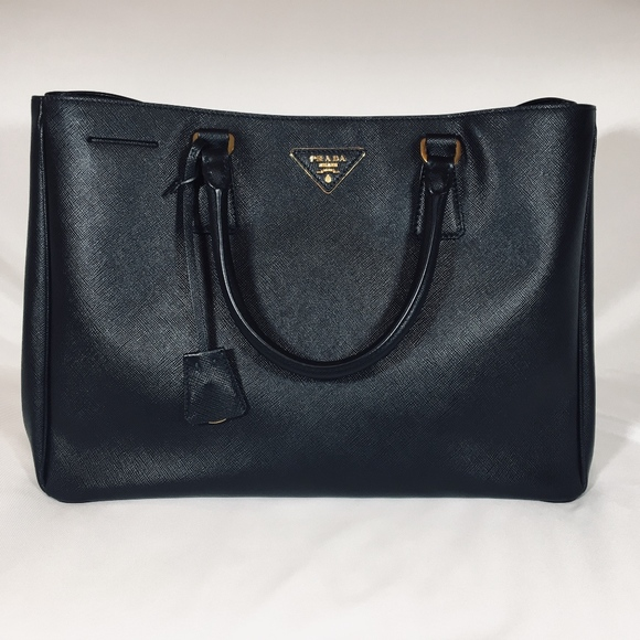 Prada Handbags - Prada Vintage Bag